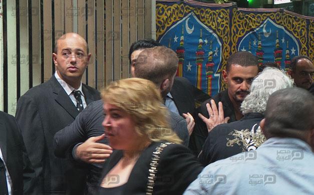 صور عزاء والد رامز جلال 6 18/8/2014 - 11:51 ص