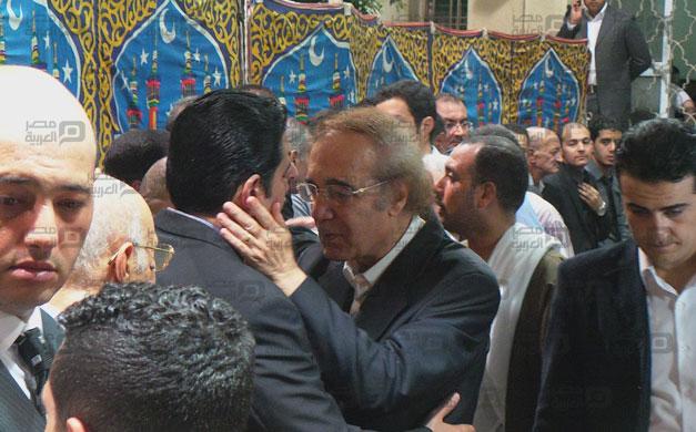 صور عزاء والد رامز جلال 8 18/8/2014 - 11:51 ص