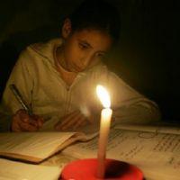 العلاقة بين اللا تعليم والفقر (1)