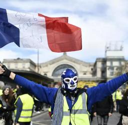الاحتجاجات تتصاعد في باريس..