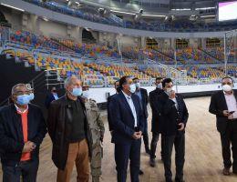 رئيس الوزراء يتفقد مجمع الصالات المغطاة استعدادا لبطولة العالم لكرة اليد
