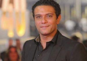 آسر ياسين: «عملت مسحة كورونا ومستني النتيجة»