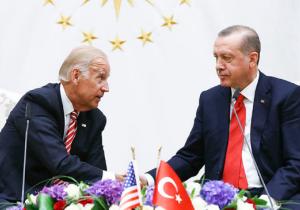 حشد عسكري أمريكي باليونان.. هل تستهدف واشنطن تركيا؟