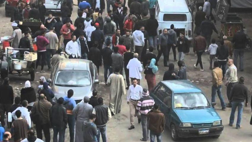 فيديو| بعد انفجار الأزهر.. رعب في شارع الوحدة بإمبابة من جسم غريب