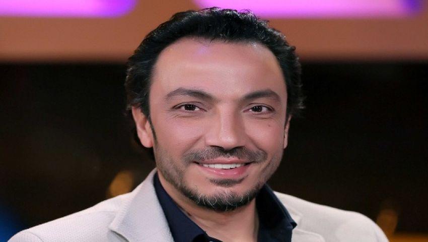 فيديو.. الفنان طارق لطفي: أحمد السقا مجنون