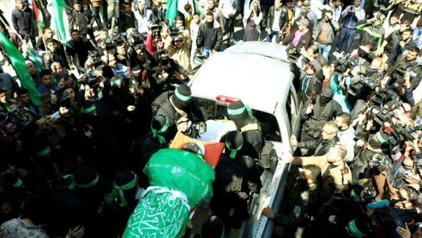 بالصور| تشييع جثمان مازن فقها شهيد القسام وسط دعوات بالانتقام