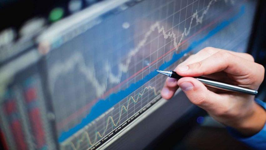 هل يتجه الاقتصاد العالمي إلى حالة «الركود المتزامن»؟