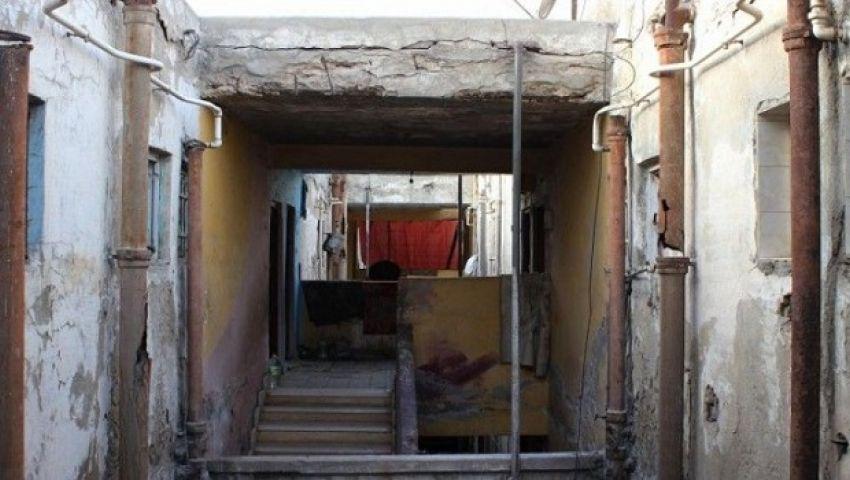 «المنسيون».. 672 أسرة تنتظر الموت في مساكن «فرافرة القطن» بالإسكندرية (صور)