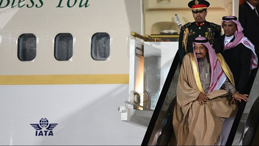 العاهل السعودي إلى المنامة.. ماذا تحمل زيارة الملك سلمان للبحرين؟