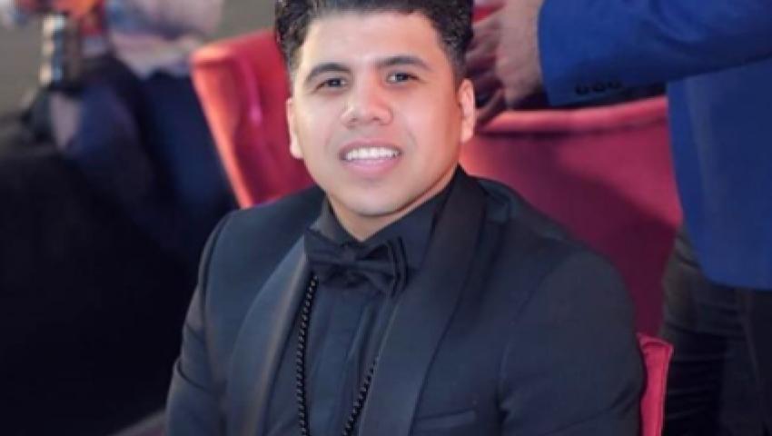 هل أصيب الفنان عمر كمال بفيروس كورونا؟
