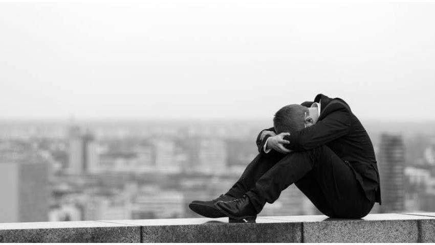 حياتك تستاهل تتعاش..حملة لركاب المترو  للتعامل مع حالات الانتحار