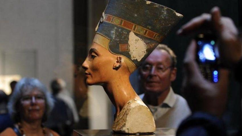 زاهى حواس يكشف كيف سُرق رأس نفرتيتي من مصر