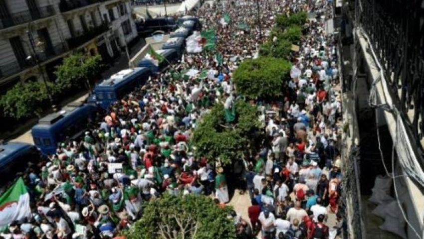 تظاهرات جديدة في الجزائر بعد انتهاء مدة الرئيس الانتقالي