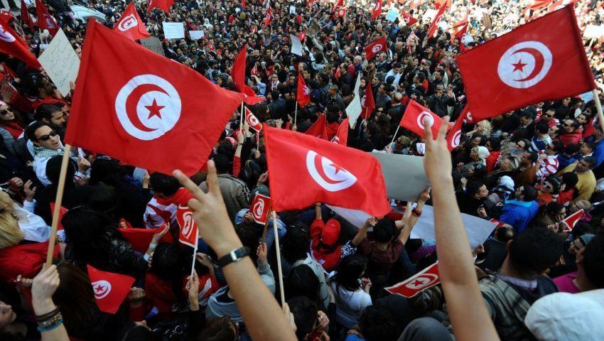 رغم صعوبات الاقتصاد.. كيف نجت تونس بثورة الياسمين؟ (فيديو)