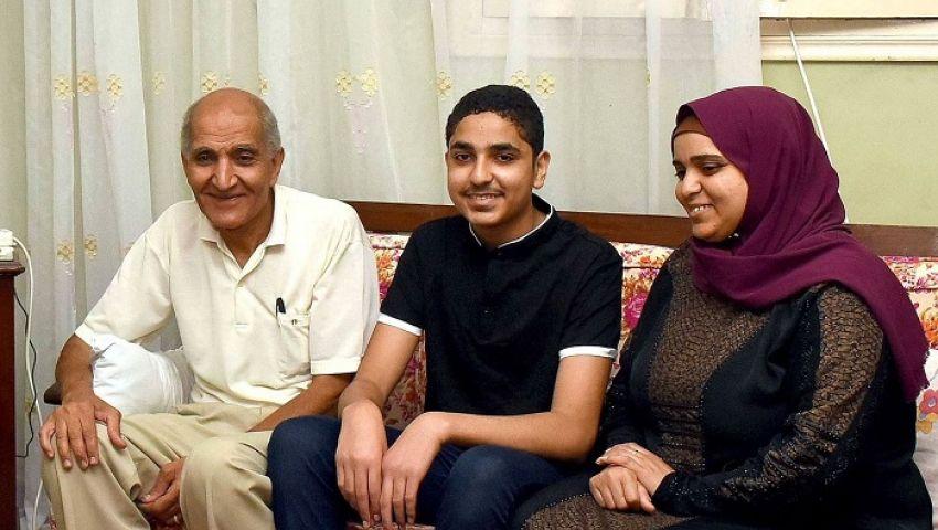 بالصور| الثاني مكرر «علمي علوم» بالإسكندرية: 70 % من مناهج الثانوية العامة «حشو»