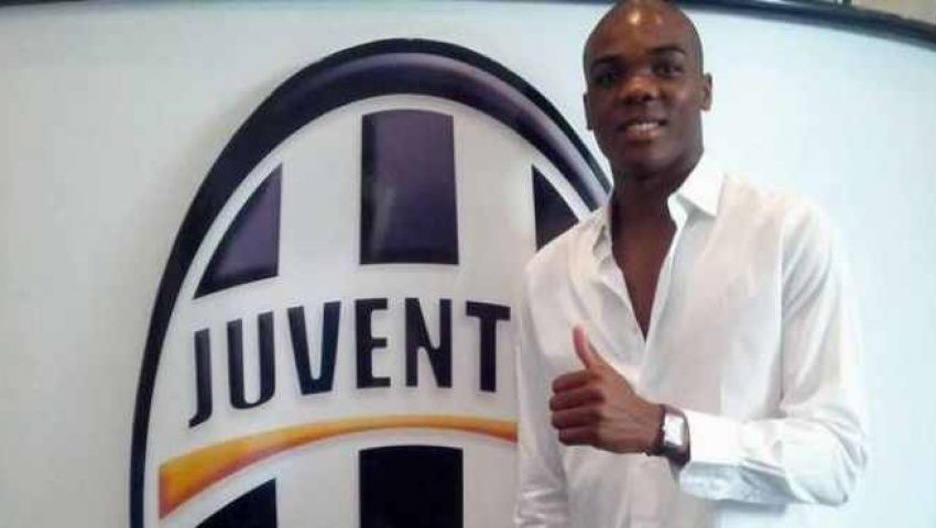 يوفنتوس الإيطالي يضم مدافع تورينو رسمياً