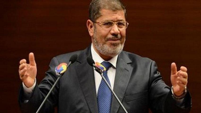 مرسي يرفض إنذار السيسي ويتمسك بالشرعية