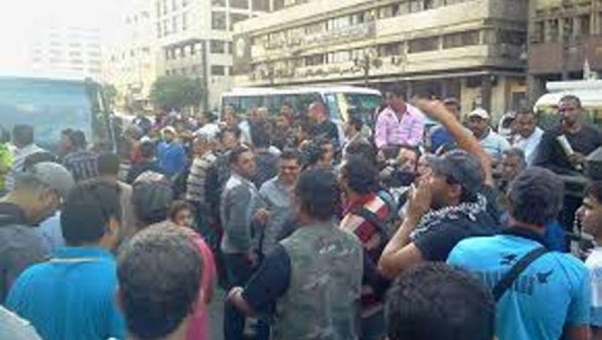 الوزراءيبحث إعادة الهدوء إلى الشارع المصري