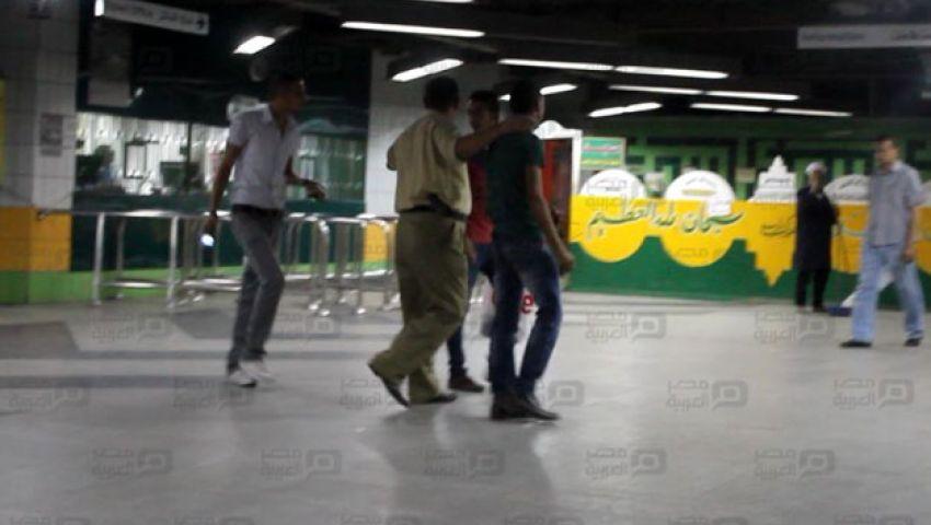 بالصور والفيديو.. تشديدات أمنية مكثفة وتفتيش ذاتي لركاب مترو الأنفاق