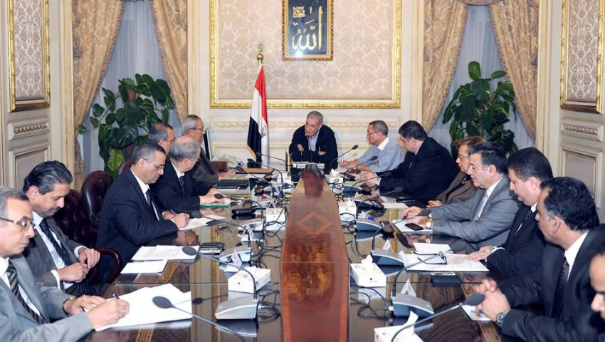 رويترز: في مصر.. وعود اقتصادية وإصلاحات سياسية غائبة