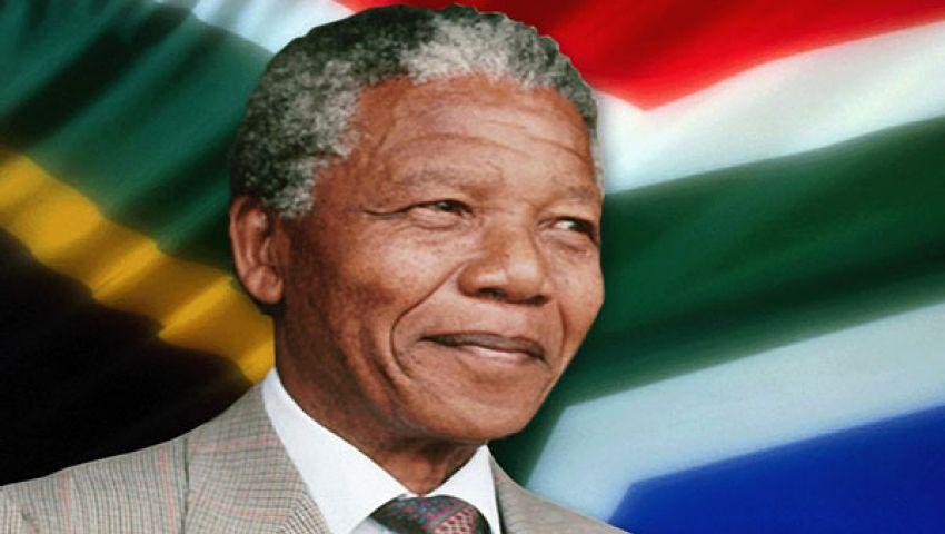 مانديلا يغادر المستشفى بشكل مفاجئ ويعود لمنزله