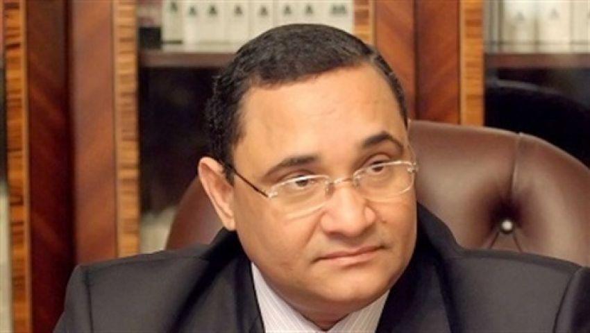 عبد الرحيم على يعرض 80 مليونا لشراء الفراعين