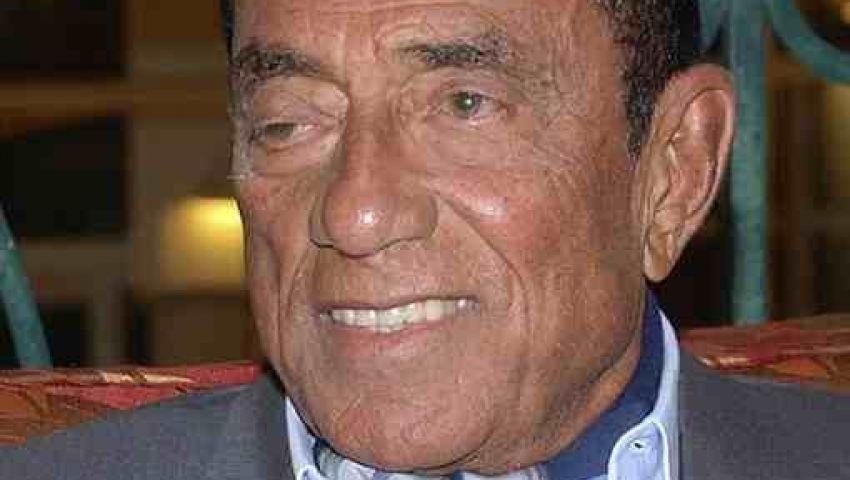 إنذار ضد وزير العدل لوقف التصالح مع حسين سالم