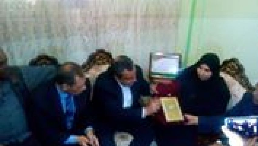 نقيب الصحفيين لأسرة ميادة أشرف: حق ابنتكم في رقبتنا