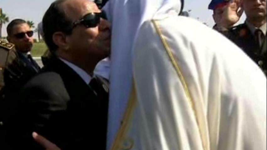 حازم عبد العظيم عن استقبال السيسي لتميم: فلندشن هاشتاج #احنا_آسفين_يا_قطر