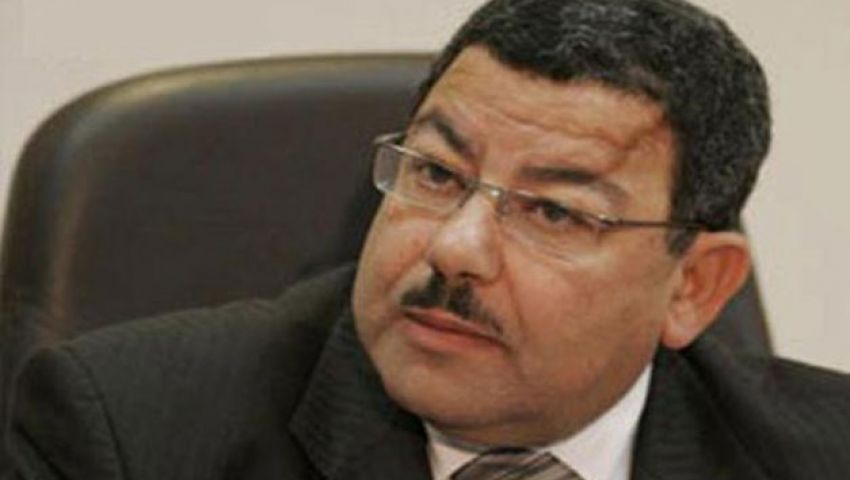 عبدالفتاح: الانقلاب يعوض فشله بانتهاك حرمة الطلاب وقتلهم