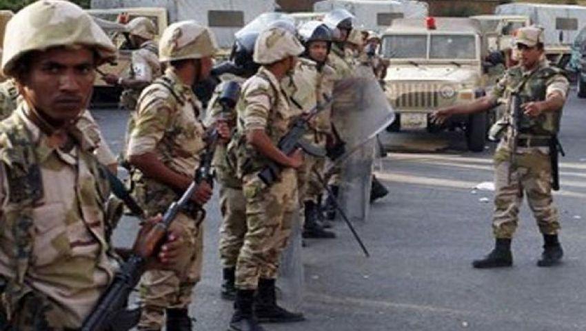 الجيش يمنع صلاة الجمعة في مسجد ببني سويف لدواعٍ أمنية