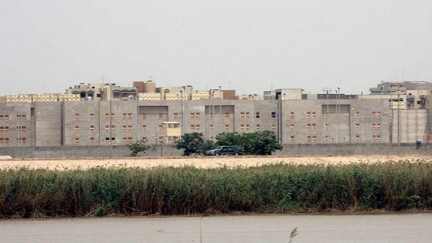 لماذا أغلقت واشنطن سفارتها في العراق؟ صحيفة أمريكية تجيب