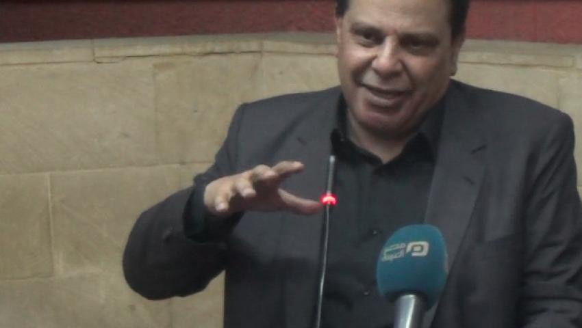 بالفيديو| علاء الأسواني: الدراما المصرية تؤثر على ذكاء المشاهد