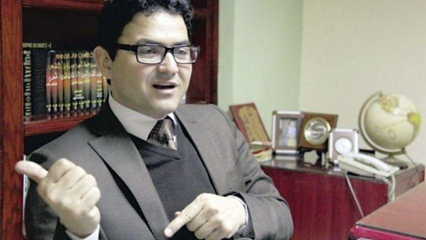 محسوب: قاضٍ يرى المعتقلين هاربين.. لا يؤمن بالثورة