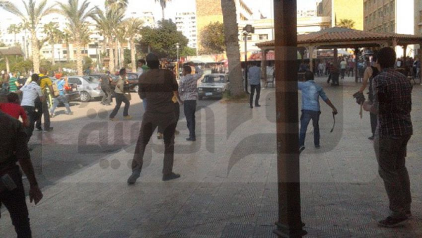 اشتباكات بالحجارة داخل جامعة الإسكندرية