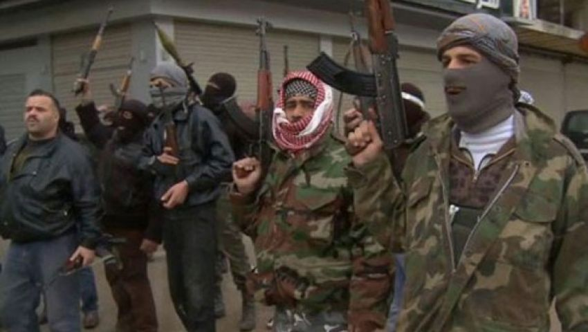 الجيش السوري الحر يسقط طائرة حربية في حماة