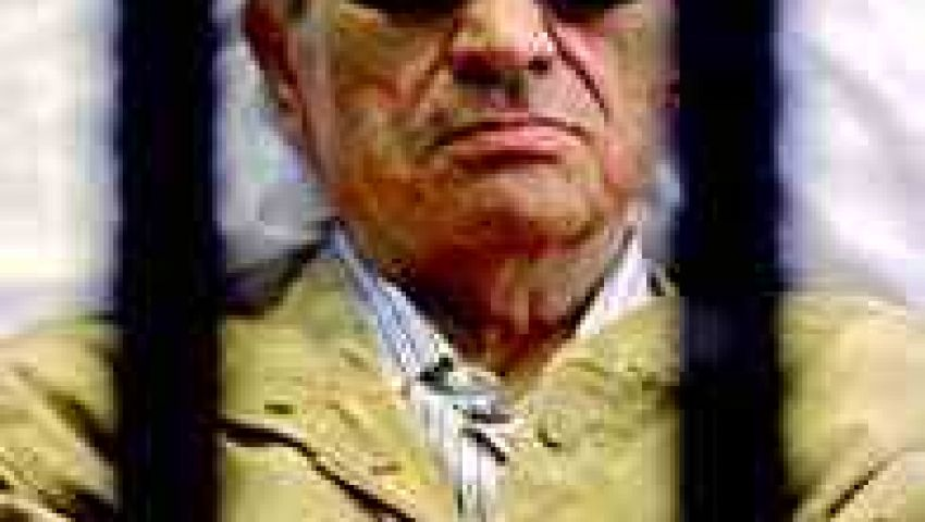 سكرتير فايتسمان: خروج مبارك أشبه بنجاة صديق مقرب من الموت