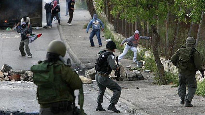 إصابة 17 فلسطينيا في مواجهات مع الشرطة الإسرائيلية بالأقصى