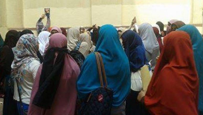 الشرطة تقتحم جامعة الأزهر تزامنًا مع تظاهرة للطالبات