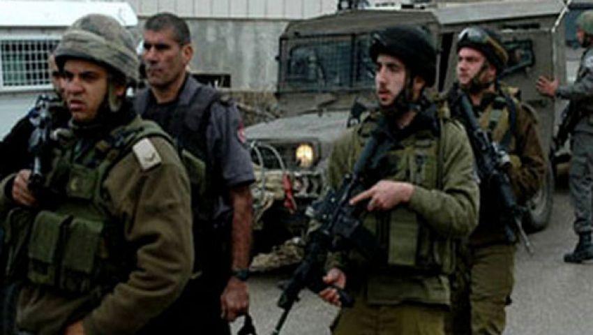 الاحتلال يعتقل 4 فلسطينيين في الضفة
