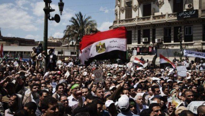 إصابة 11 في اشتباكات بين مؤيدي ومعارضي مرسي