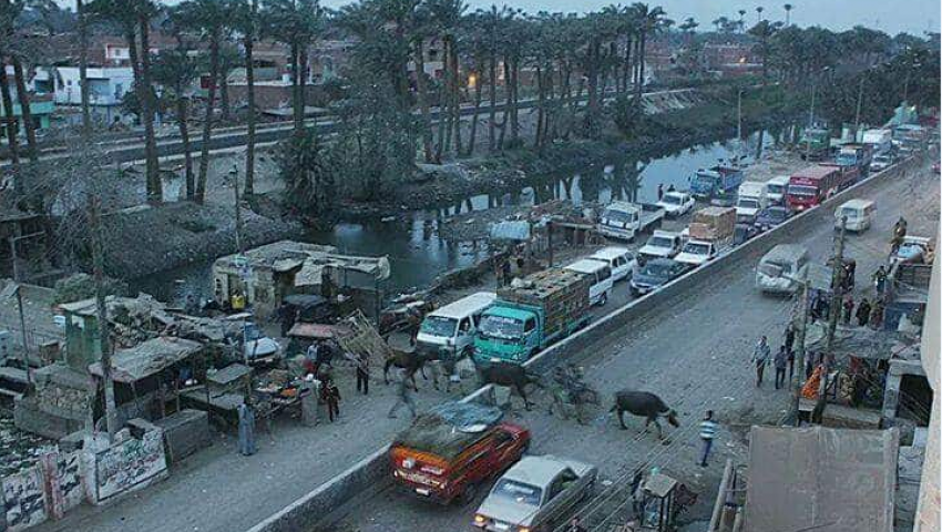 بالصور| «أبو رجوان» قريةبلا خدمات في الجيزة.. والقمامة تكسو شوارعها