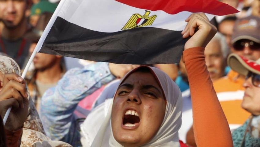 ساندت الثوار وتصدرت الميادين.. «المرأة» شعلة احتجاجات الربيع العربي