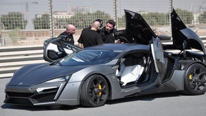 أول سيارة عربية فائقة تستعرض أداءها بدبي