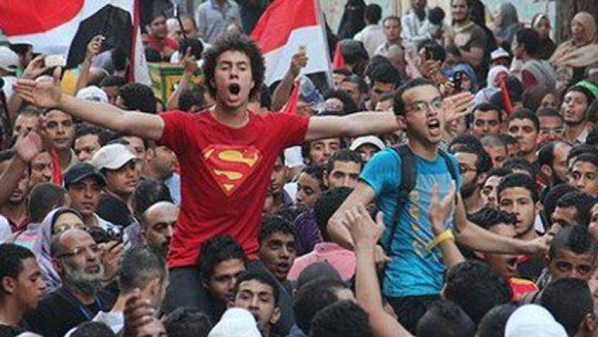 خمس حركات ثورية تحيي محمد محمود