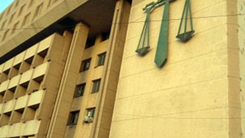 معارضون يغلقون مجمع محاكم كفر الزيات