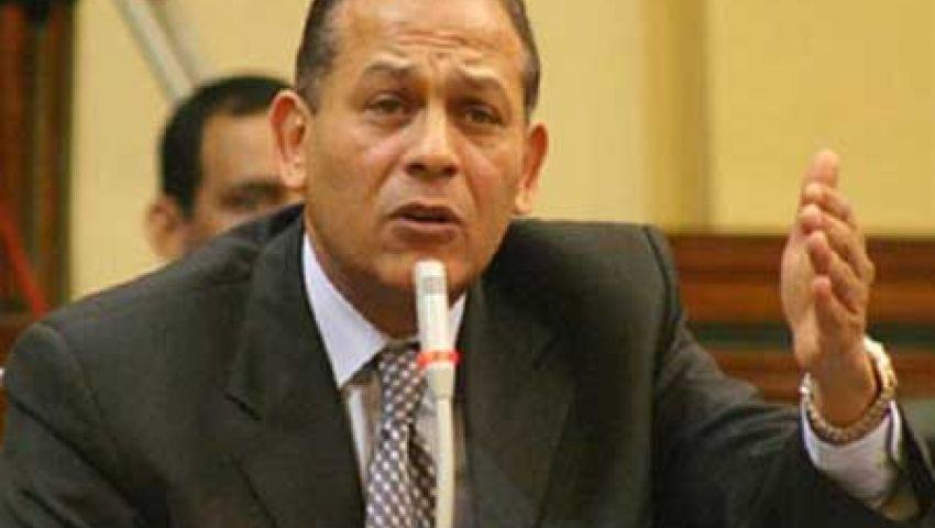 السادات: إعلان السيسي إصداره تشريعات تعدّ على البرلمان