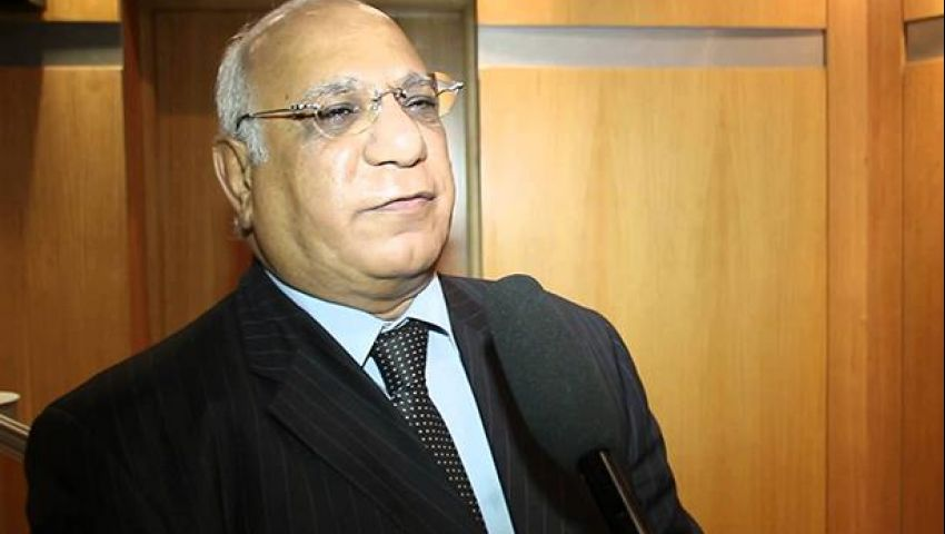 نادر نور الدين عن قرارات وزارة التموين: فيه حاجة ريحتها فايحة