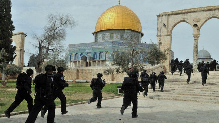 بالفيديو..خبراء فلسطينيون: اقتحامات الأقصى هدفها التقسيم