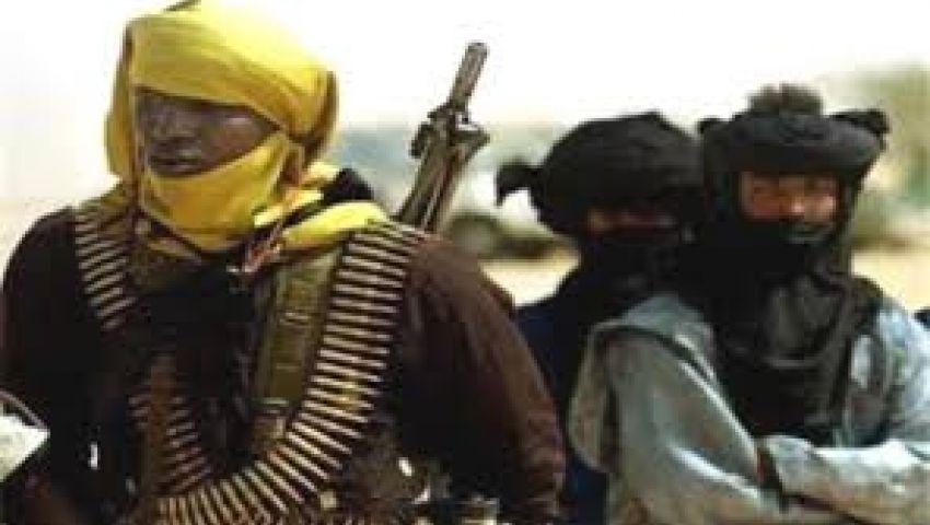 الأمن الجزائري يقتل مسلحًا ويحاصر آخرين شرق البلاد